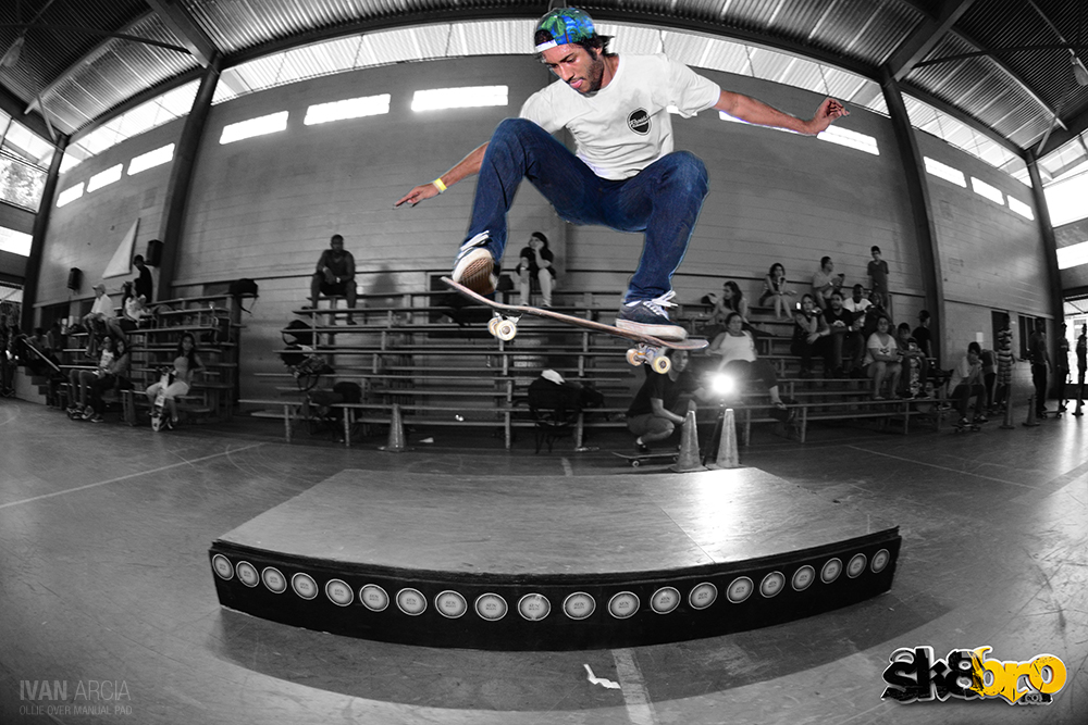Ivan Arcia - ollie over manual pad