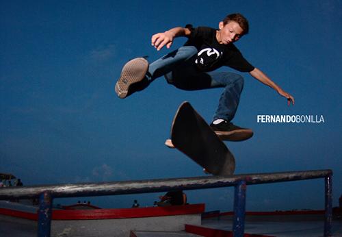 Fernando Bonilla - flip fs boardslide