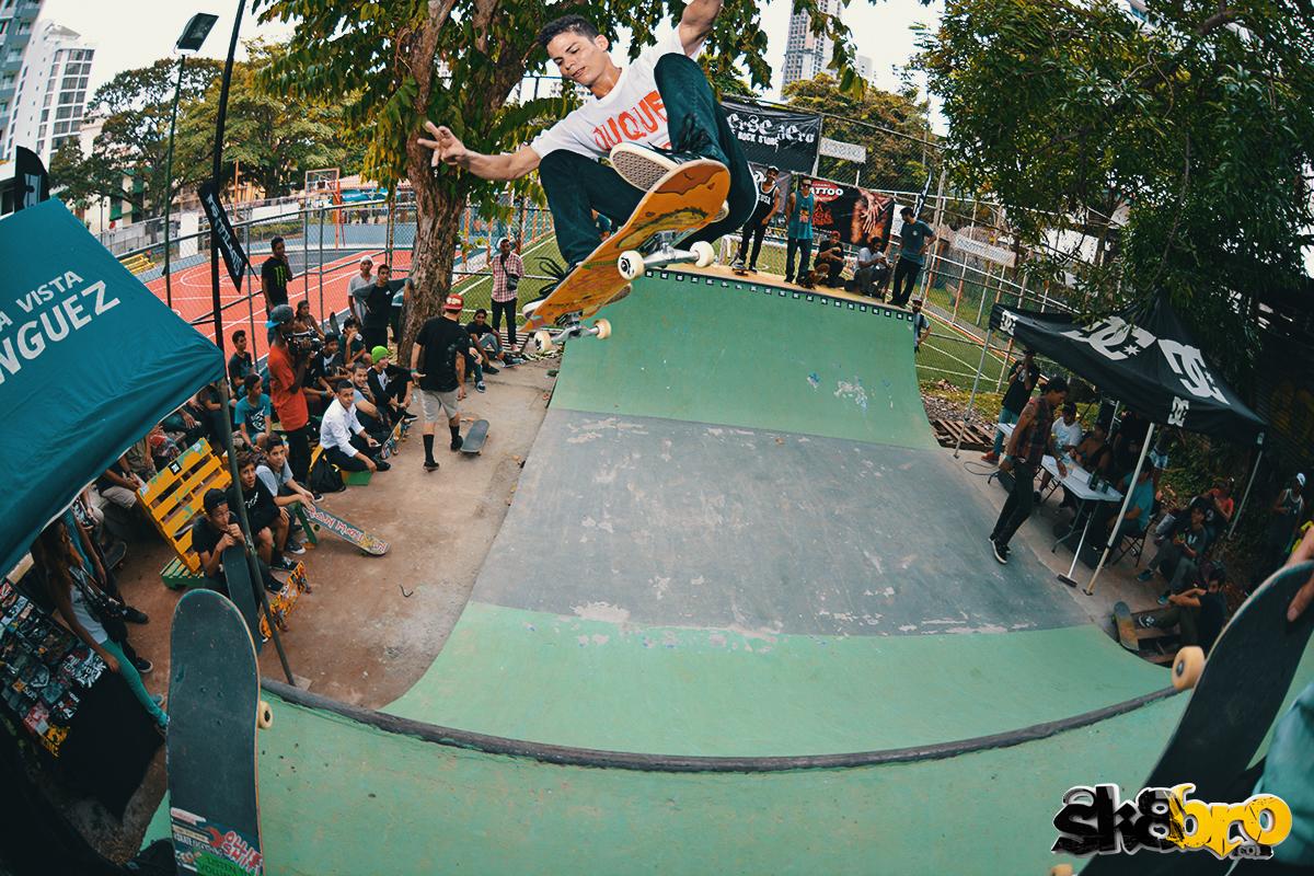 MiniRamp skate contest - Vía Argentina